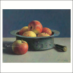 Copper pot with apples
